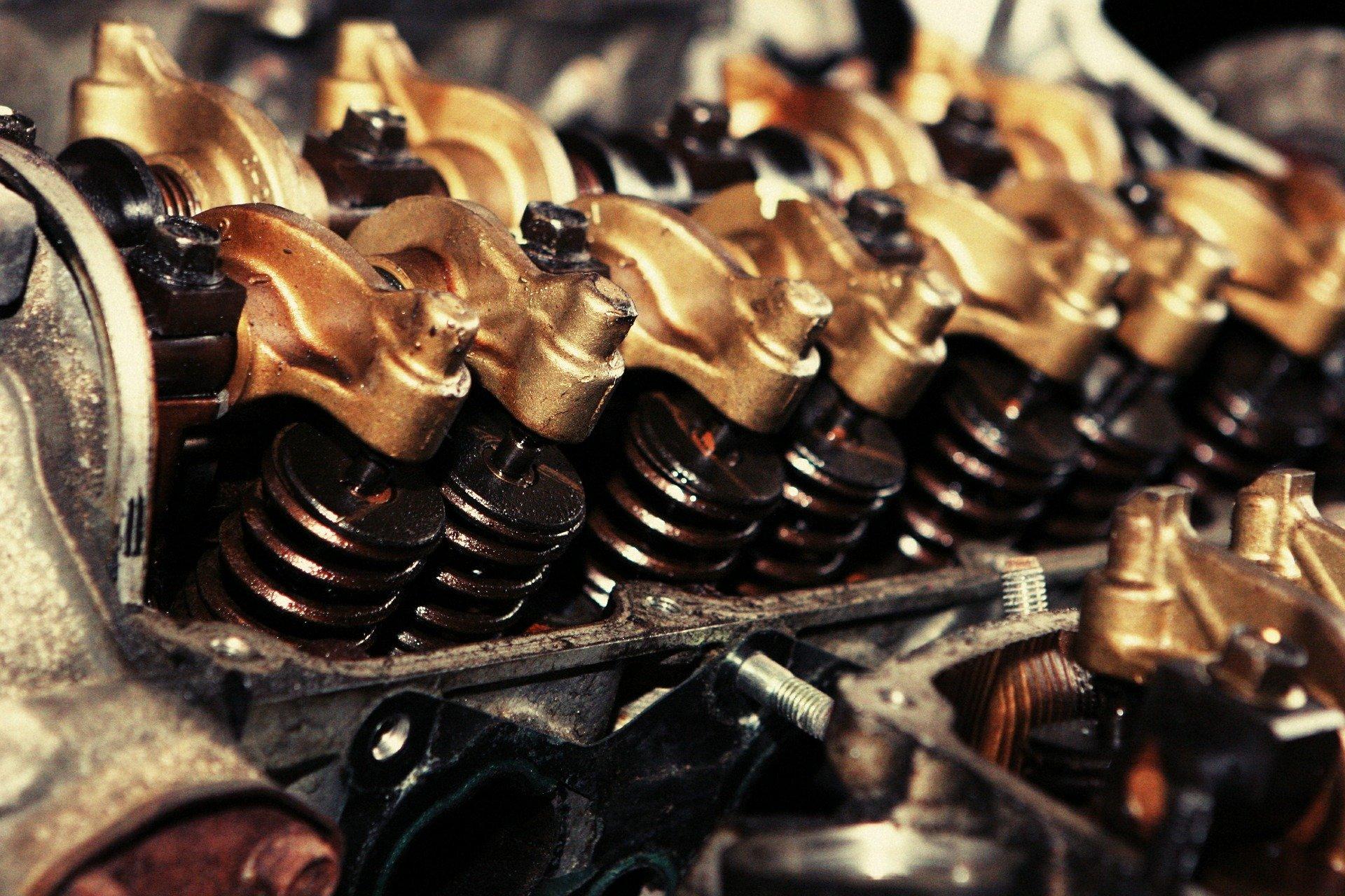 Jak dobrać olej silnikowy